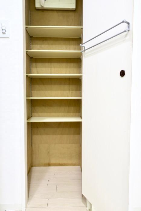 柔らかい雰囲気の玄関&廊下。収納。 MARUNOUCHI SQUARE (丸の内スクエア)4