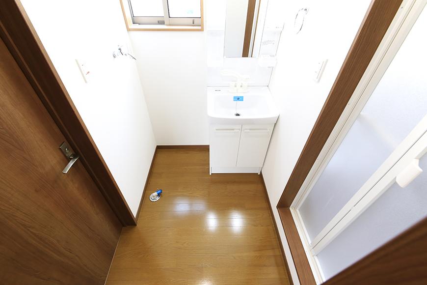 【J-Style枇杷島B棟】F号室_サニタリールーム(水周り)全景_MG_4208