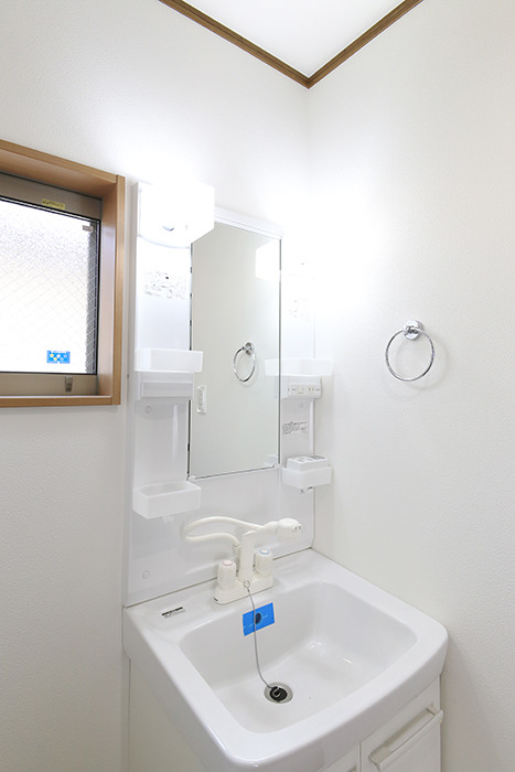 【J-Style枇杷島B棟】F号室_サニタリールーム(水周り)_独立洗面台_MG_4214