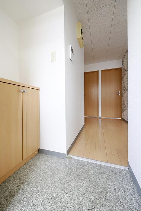 【NEXTAGE B】205号室_玄関周り_MG_0165