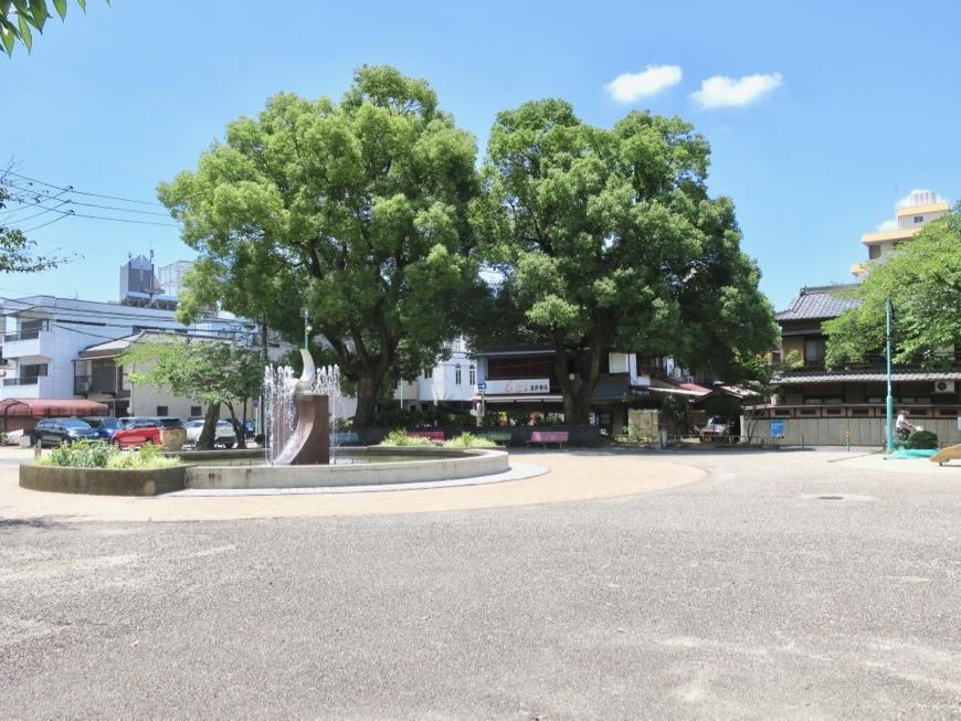 ● 目の前は公園。神田ヴィレッジ中川 外観・共用1