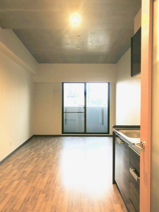 13.1帖のLDK ヴィンテージオークの床がかっこいい。N APARTMENT (N アパートメント 901号室)0