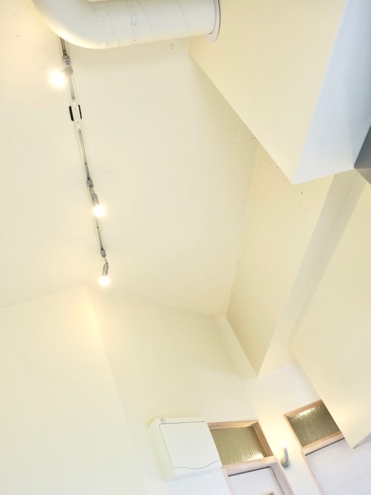 天井高なお部屋。神田ヴィレッジ中川(603号室)85