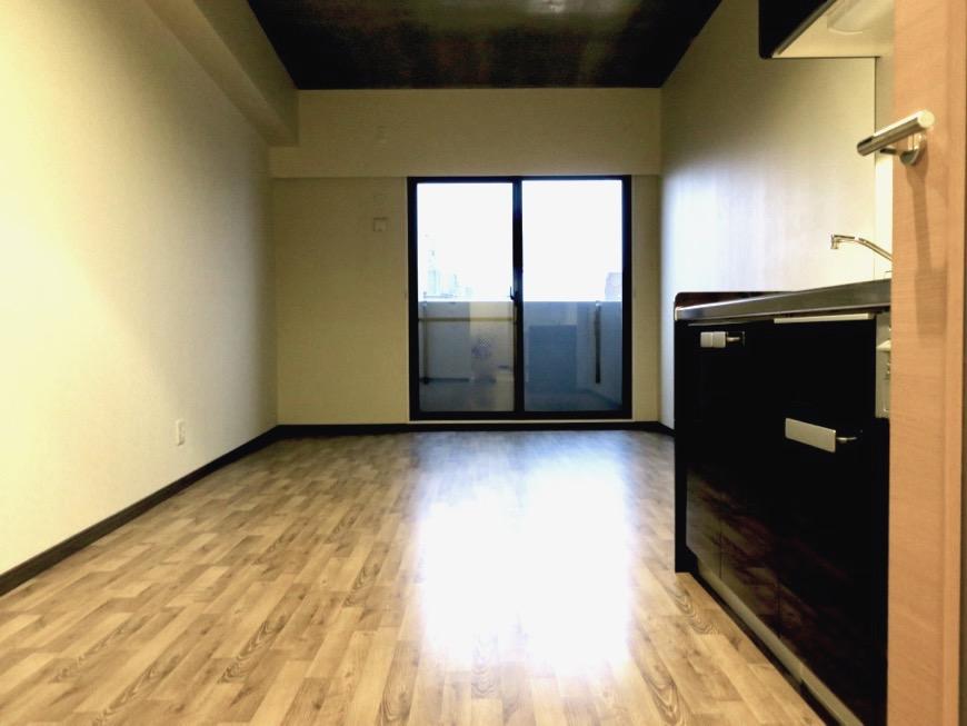 13.1帖のLDK ヴィンテージオークの床がかっこいい。N APARTMENT (N アパートメント 901号室)13