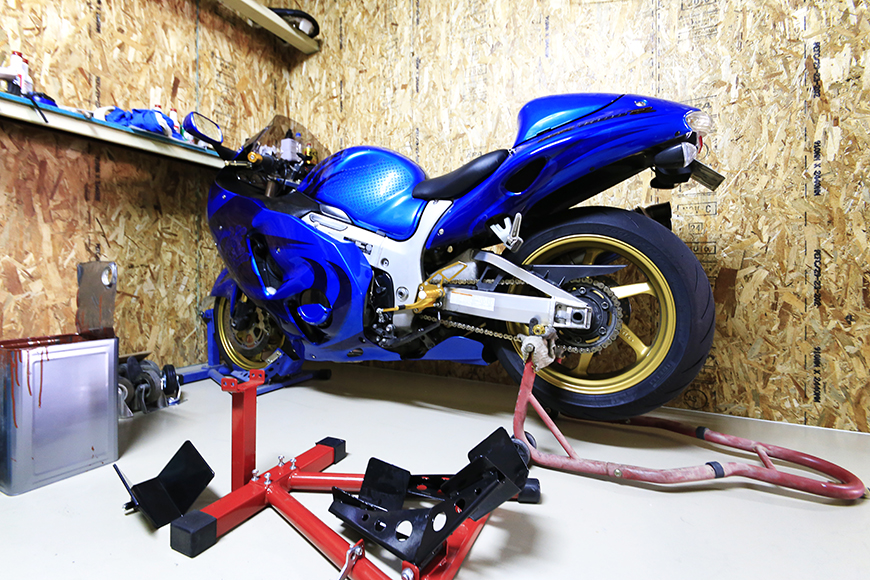 【バイクガレージNAGOYA】一階_113_MG_7840