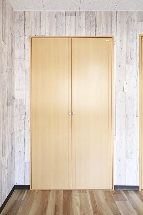 【NEXTAGE B】205号室_洋室2_クローゼット収納_MG_0466