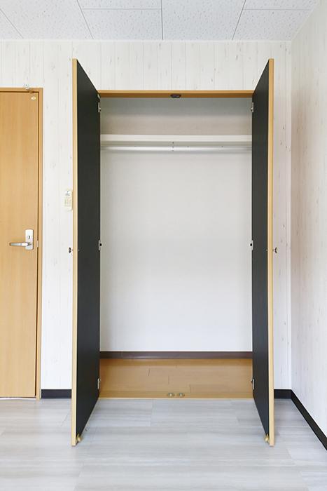 【NEXTAGE B】205号室_洋室1_クローゼット収納_MG_0396