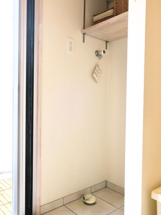 キッチンスペースの奥にランドリースペース。神田ヴィレッジ中川(603号室)79