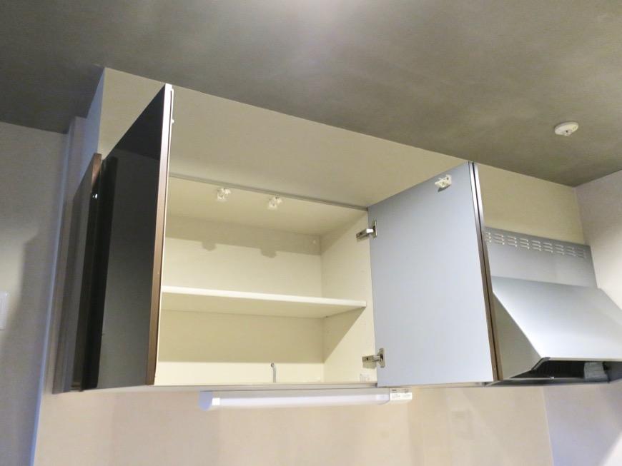 モダンでスタイリッシュなキッチン台。N APARTMENT (N アパートメント 901号室)5