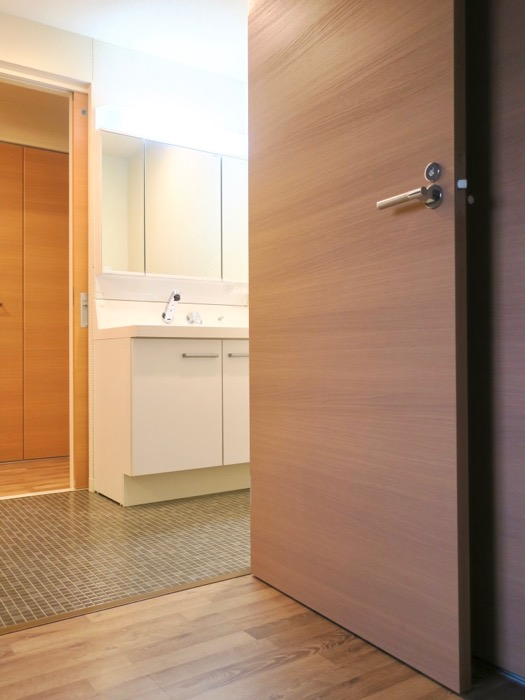 N APARTMENT (N アパートメント 901号室)10