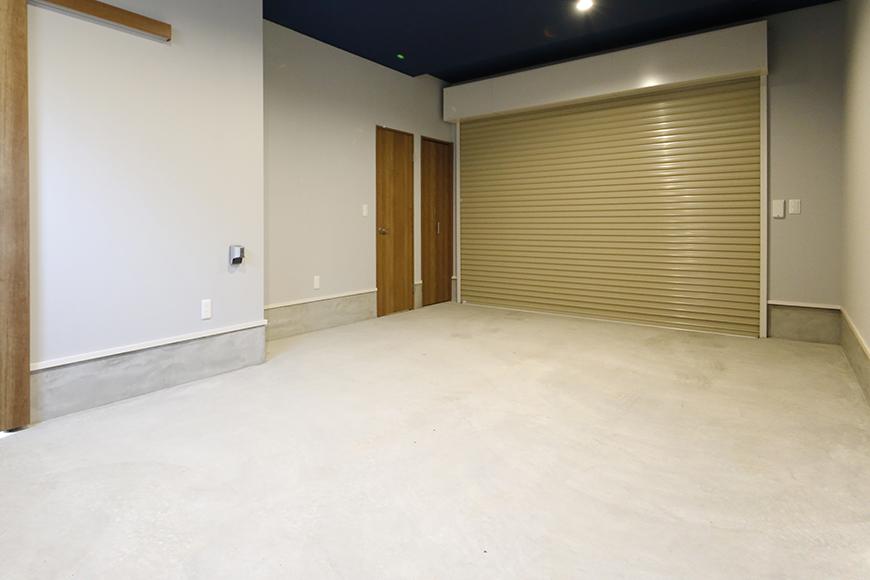 【Garage Villa Yonezu】105号室_ガレージ_シャッターCLOSE時_MG_0884