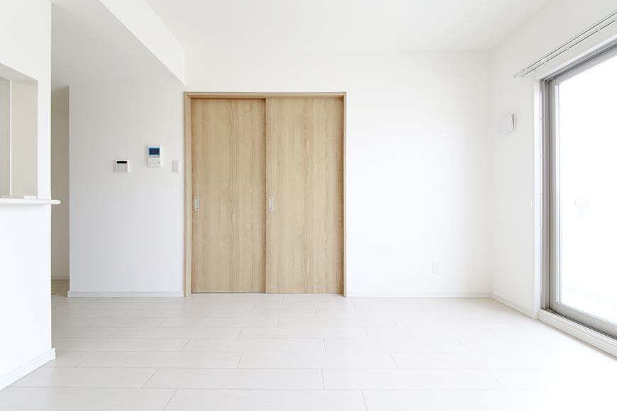【フェリーチェ】405号室_リビング_MG_9859