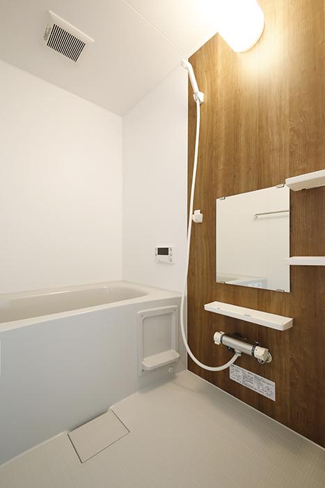 【Garage Villa Yonezu】105号室_水周り_バスルーム_MG_1131