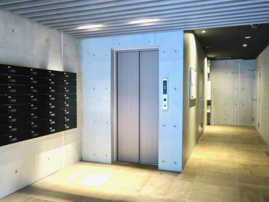 外観・共用。コレクション名駅Ⅲ 405号室 鉄男鉄子さん、電車が大好きな人のためのお部屋。1