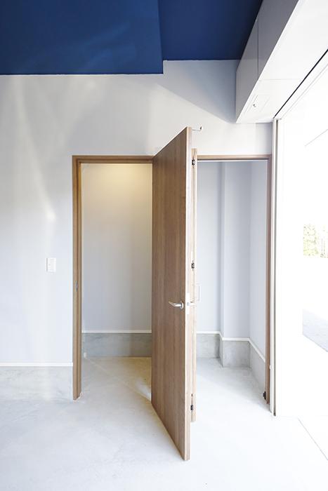 【Garage Villa Yonezu】105号室_ガレージ_収納_MG_0754