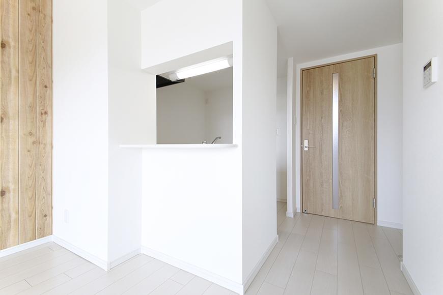 【フェリーチェ】405号室_キッチン周り_半個室のキッチン_MG_9937