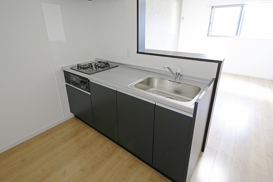 【Garage Villa Yonezu】101号室_キッチン周り_MG_1322