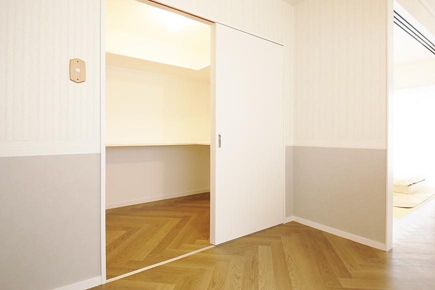 【キャッスル東栄】B棟302号室_LDK_ウォークインクローゼット_MG_0513