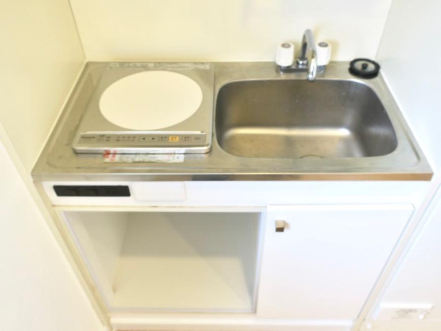 キッチン。TOMOS メイプルハウス201号室0