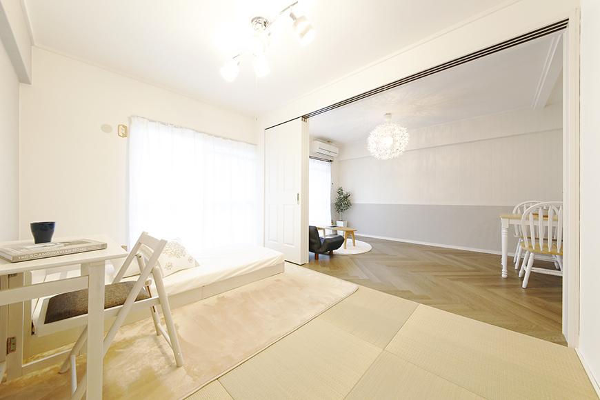 【キャッスル東栄】B棟302号室_和室とLDKの仕切り扉_MG_0662