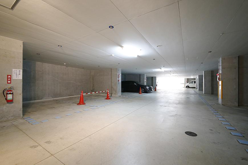 【ジョイ桜本町】地下駐車場_MG_2642