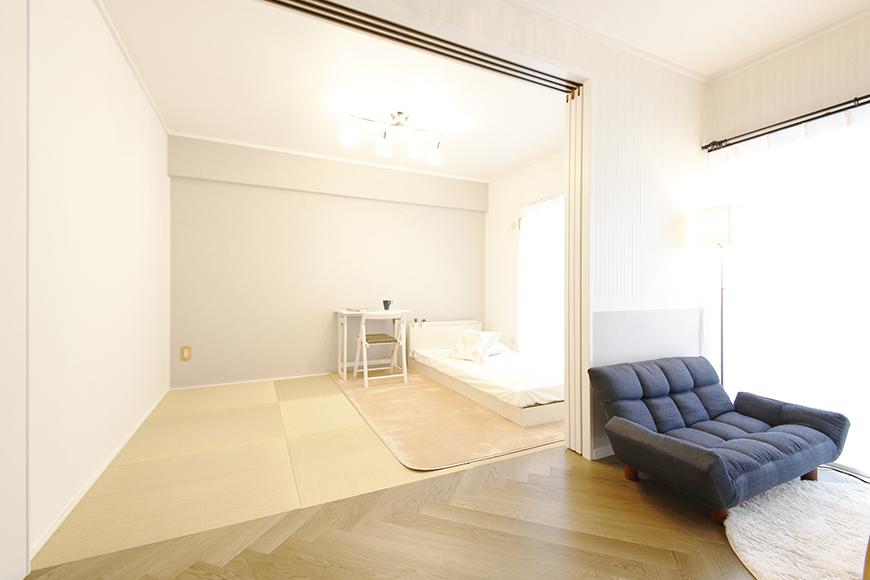 【キャッスル東栄】B棟302号室_和室とLDKの仕切り扉_MG_0644