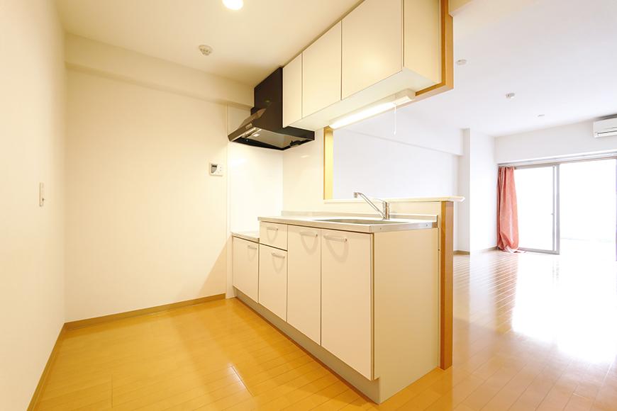 【ジョイ桜本町】107号室_LDK_キッチン周り_MG_1765