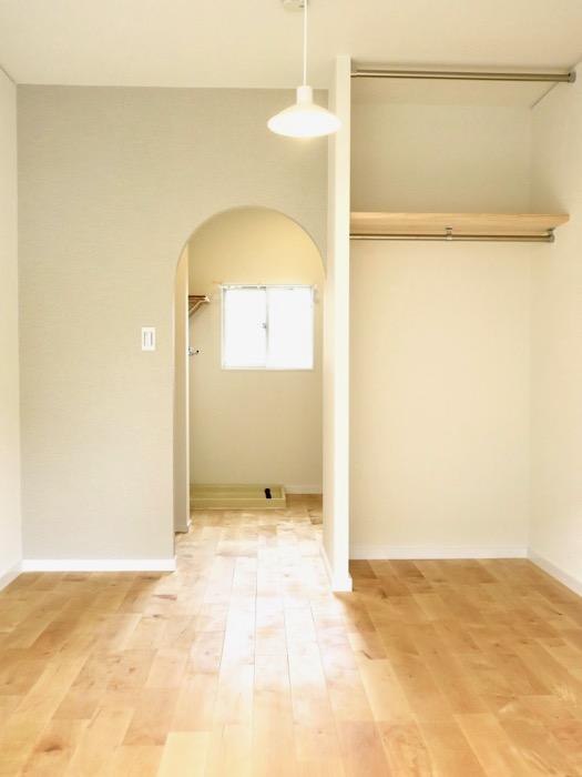 パーチ(白樺)の無垢の床。TOMOS メイプルハウス201号室4