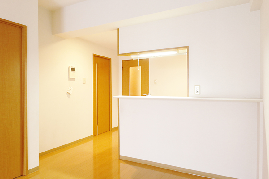 【ジョイ桜本町】107号室_LDK_キッチン周り_MG_1866