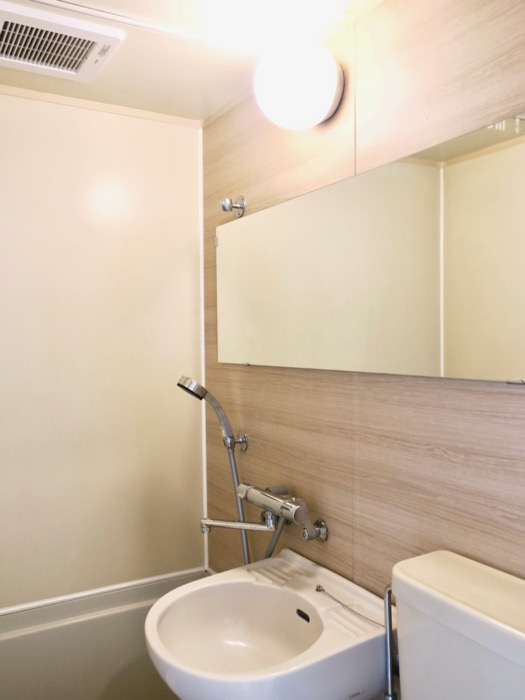 バスルーム。TOMOS メイプルハウス201号室2