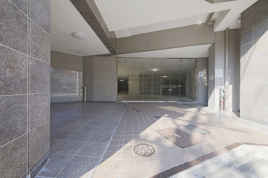 【ジョイ桜本町】地下駐車場_MG_2711