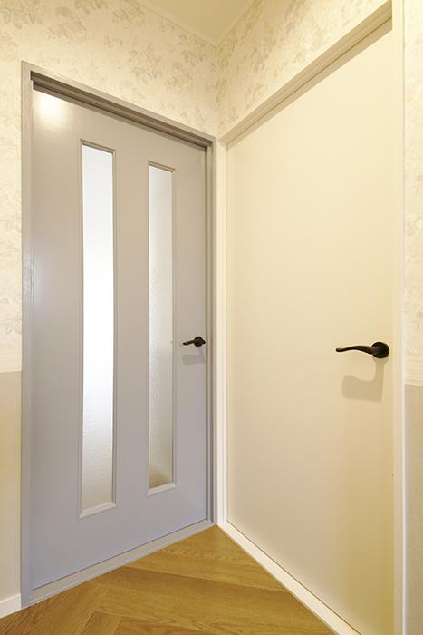 【キャッスル東栄】B棟302号室_洋室・LDKへのドア_MG_0379