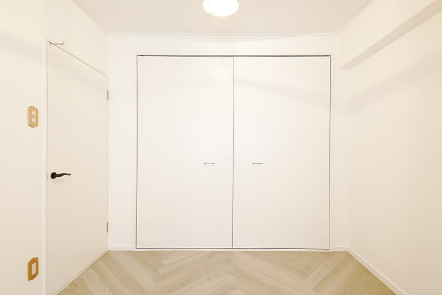 【キャッスル東栄】B棟302号室_洋室_クローゼット_MG_0407