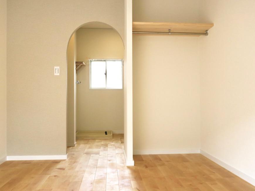 パーチ(白樺)の無垢の床。TOMOS メイプルハウス201号室2