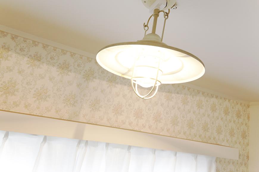 【キャッスル東栄】B棟302号室_洋室の照明_MG_0390