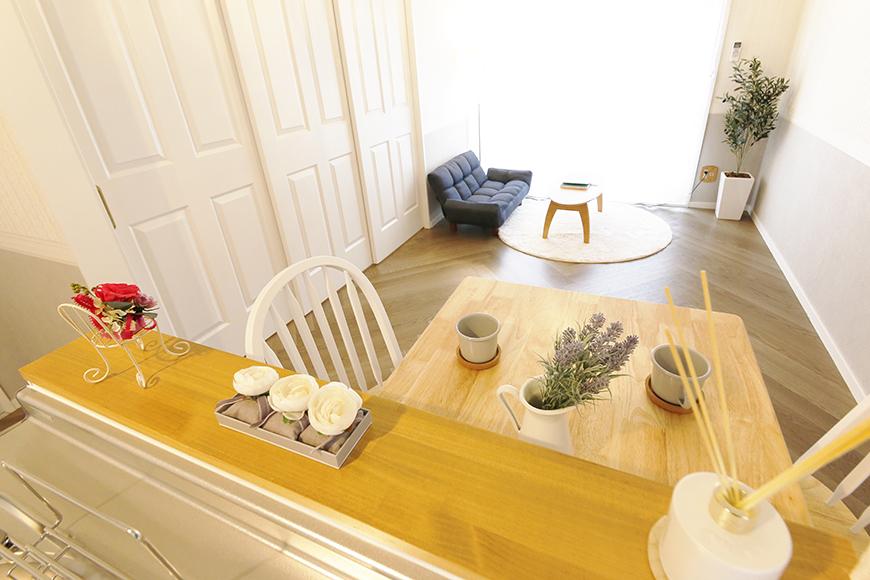 【キャッスル東栄】B棟302号室_LDK_キッチンからの眺め_MG_0689