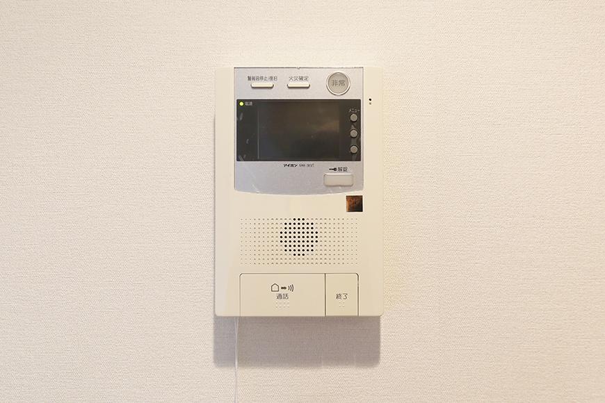 【ジョイ桜本町】107号室_LDK_TVモニタ付インターフォン_MG_1816