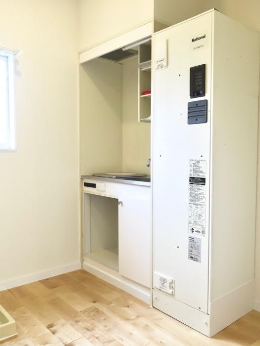 キッチン。TOMOS メイプルハウス201号室1