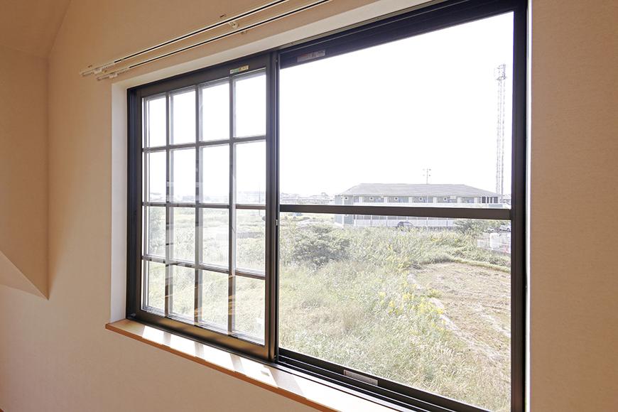常滑【ゲーブルルーフ】102号室_2階_西側の窓_MG_4297