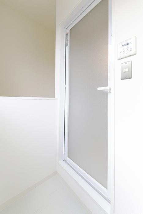 【01/HY】6号室_三階_バスルーム周り_MG_2485