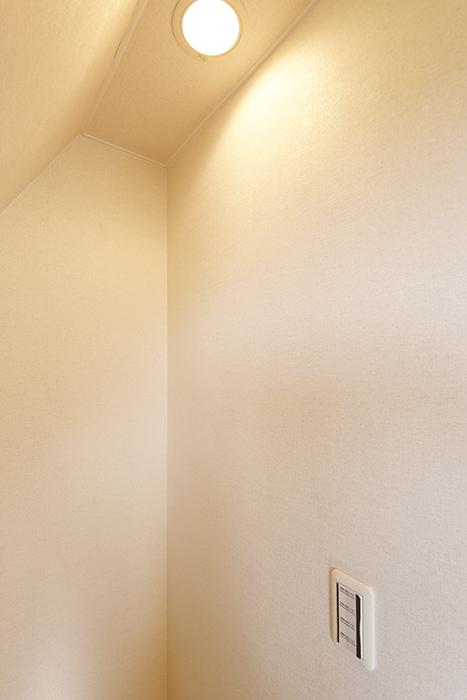 常滑【ゲーブルルーフ】102号室_2階_収納_MG_3963