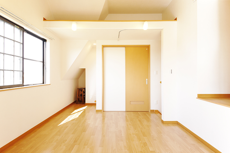 常滑【ゲーブルルーフ】102号室_2階_洋室_MG_3935