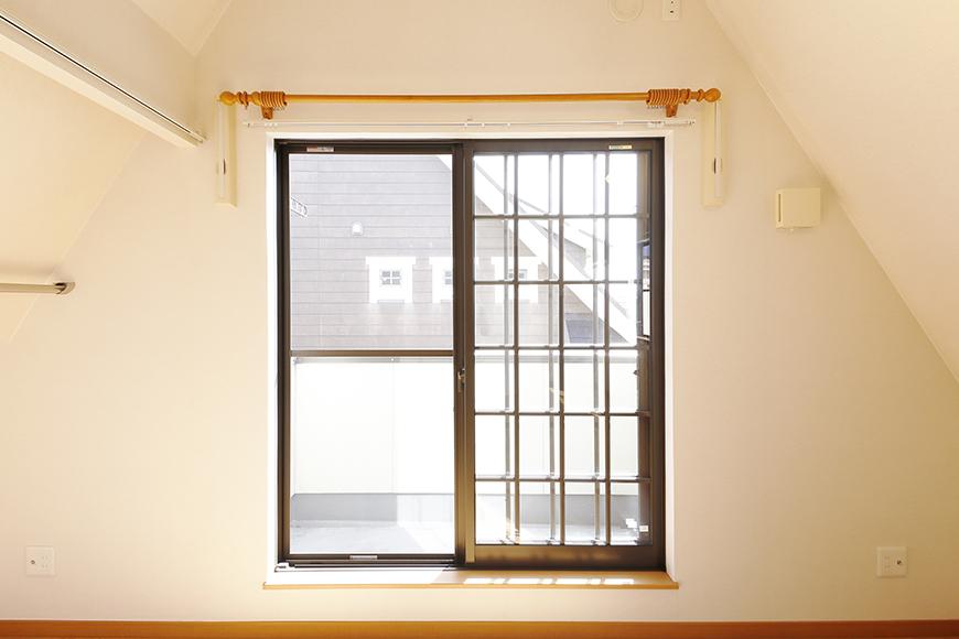 常滑【ゲーブルルーフ】102号室_2階_南側の窓_MG_3997