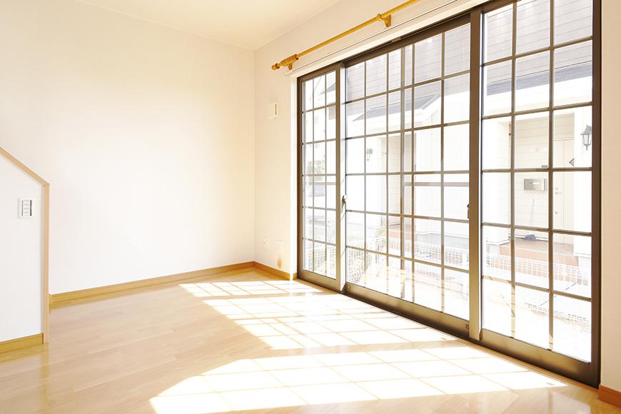 常滑【ゲーブルルーフ】102号室_1階_南側の窓_MG_4173