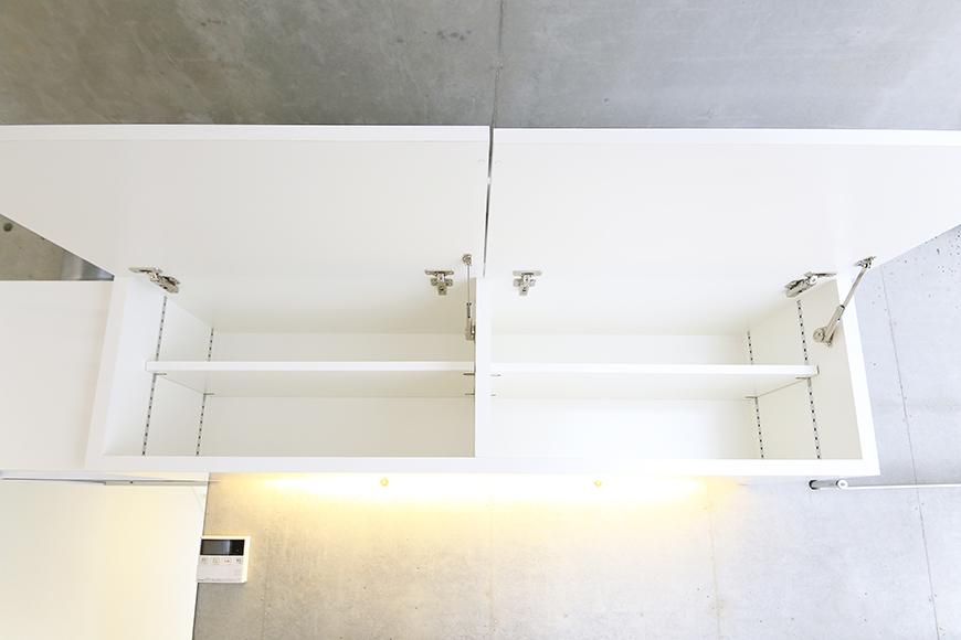 【01/HY】6号室_二階_キッチン周り_頭上収納_MG_2283