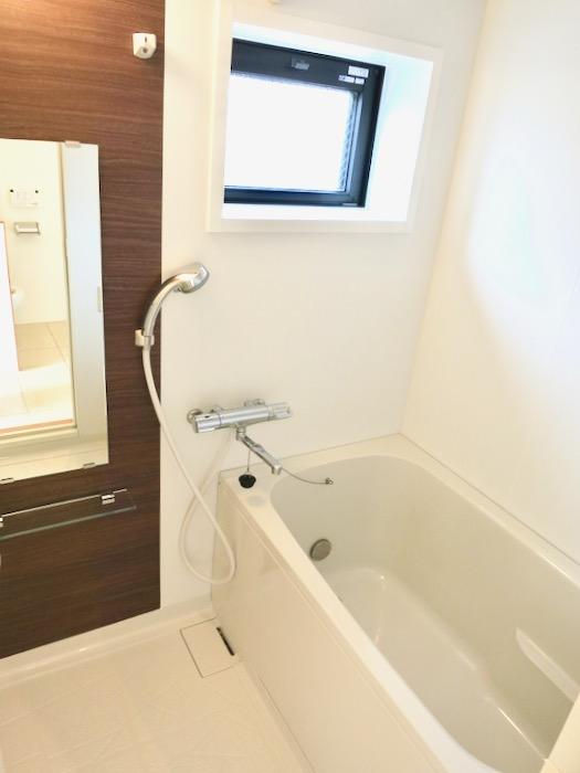バスルーム。AZUR JOSAI 3B 1