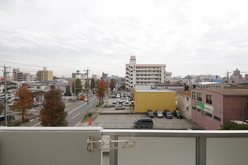【ドヌール諏訪】402号室_LDK_バルコニーからの眺望_MG_6335