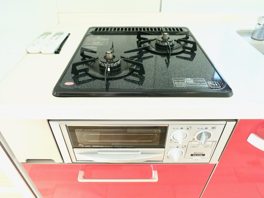 上皮でお洒落なキッチン台。AZUR JOSAI 3B 3
