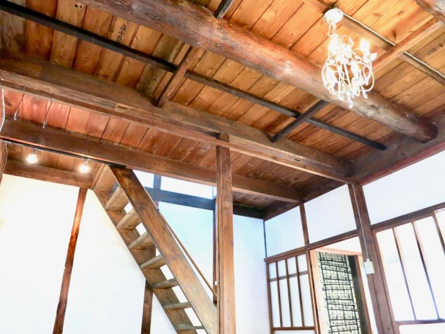 16帖LDK。和の天井・梁・柱が渋い!古民家風戸建てリノベーション。BB Style~SAKIGAKE~2