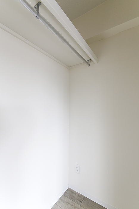 【おがわビル】601号室_LDK_クローゼット収納_MG_3079